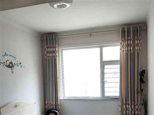新六中锦绣城一期电梯5楼精装温馨两居带储
