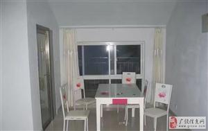 大王泰兴小区精装130平带家具+空调1000元/月