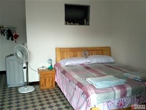 巴马坡月村六队1室0厅1卫700元/月