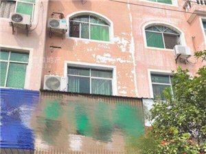 平川大道整栋商住楼,楼下店面租金3600元每月
