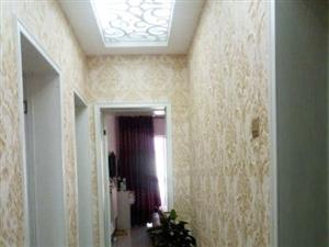 蓝湾半岛3室2厅2卫1600元/月家具家电齐全