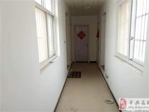 御景蓝庭6室2厅1卫精装带阁楼有证45万元