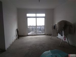 上河城多层6楼3室2厅1卫67.5万元