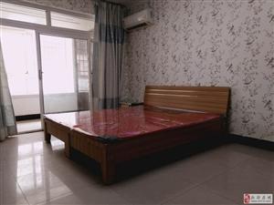 西亚斯旁精装修1室好房