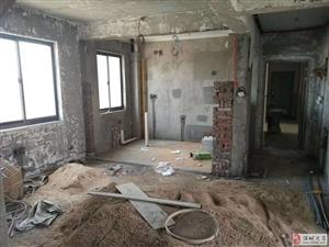 绿洲豪庭6室2厅4卫216万元