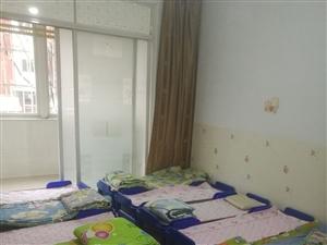 处理全新床垫和儿童托管午休小床