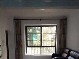 精装修三房温馨舒适适合一家人住随时可以看房