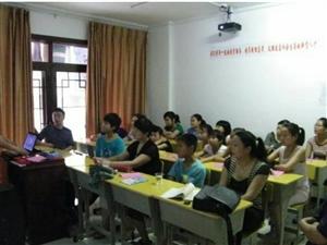 长阳笔畅.黄老师作文与点睛学苑强强联手,为广大中小学生提供专