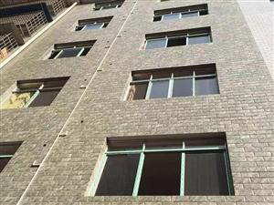 城南22小区12室1厅1卫4楼出售