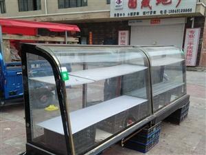 个人出卖两个展柜长1.8米