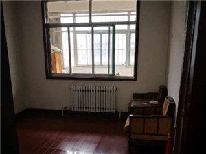 泰和苑一楼三室带家具家电地上车库可按揭