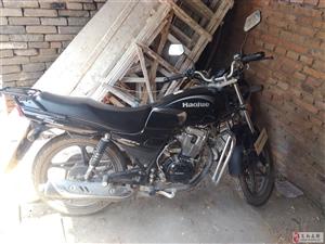 卖一辆摩托车