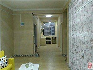 3室1厅1卫588元/月泰和华联商厦对面朱家公