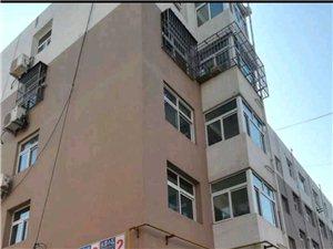 永顺小区1室1厅1卫18万元 送15平阳面地下室