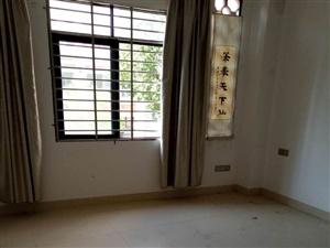 茶博汇6室1厅1卫3000元/月