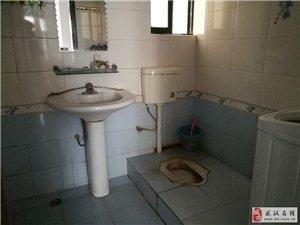 鹏程・金湖公寓2室1厅1卫1800元/月
