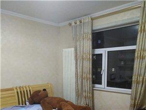 金台园小区3室2厅2卫160万元精装修