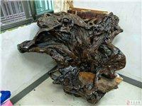 因搬迁出售雕刻凳子一张