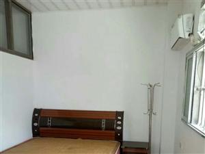 员宅村2室1厅1卫700元/月