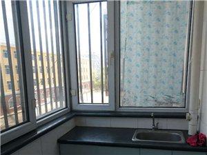 鹏程小区B栋三楼学区房1室1厅1卫16.5万元