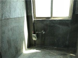 万泉河家园2室2厅1卫75万元