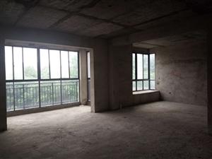 华府山庄3室2厅2卫47.8万元