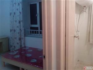 海德北岸小区4室1厅1卫精装空调单间500起