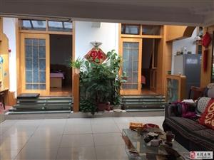 团结村2室1厅1卫1500元/月一楼带院