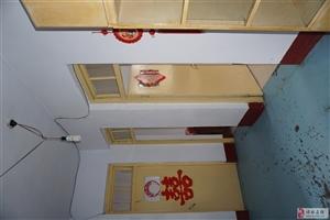 县政府宿舍区2室1厅1卫(紧邻银座)
