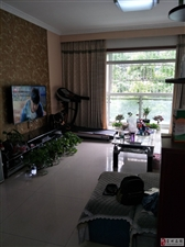 滨河路新小区精装房子相当漂亮带地下车位一个