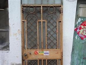 老式防盗门