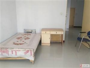 出租步云小学附近三居室简单家具可陪读书香门第小区