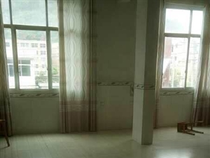 香山中学对面4室2厅2卫住房出租