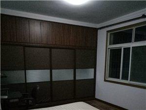 新葡京平台市中心湖小区3室2厅2卫800元/月