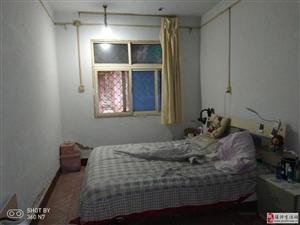 化肥厂,稀缺一楼小两室,对外出售,带储藏室