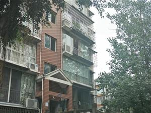 河滨一号尚院3室2厅2卫48万元