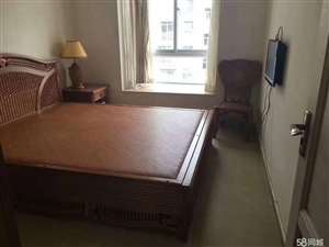 琼海本地热门小区,市一小学位房,带装修,只需73万
