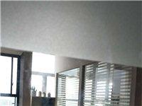 中央城精装写字楼1500元全包出租,家私办公全齐,拎包入住,复式可看房!