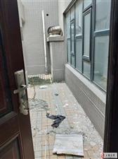 出售亚星江南小镇18,19层120平,复式房一套