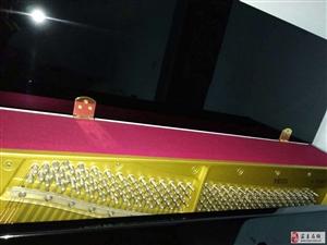 出卖  雅马哈YE121钢琴