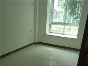 嘉博园3室2厅1卫108万元
