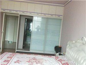 三清花园4室2厅2卫48万元210平米精装
