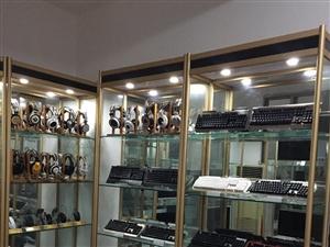 出售精品展柜展架及办公桌