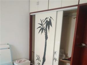 柳树湾花园3室2厅120平精装家具家电齐全