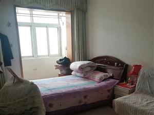 花园南里2室1卫1200元/月