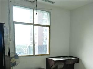 财政所宿舍2室2厅1卫700元/月