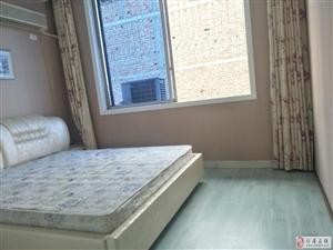 交通局4室2厅2卫79.8万元
