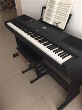 全新的电钢琴一架,因换工作的原因,没有时间练现出售