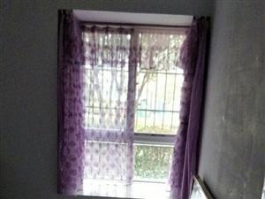 阳光花园4室2厅2卫68万元