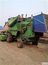卖大豆收割机。